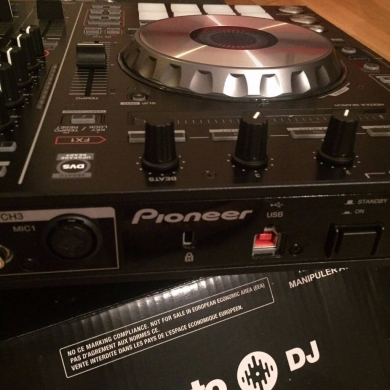 Musical Instruments & DJ Equipment in Aicha Bakkar - Pioneer DDJ-SX Controller