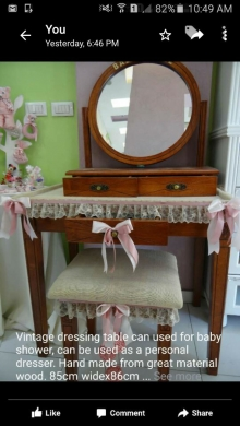 Office Furniture & Equipment in Hamra - كنتوار و 3 طاولات زجاج 3 كراسي ـ يصلح لسناك او كافي شوب