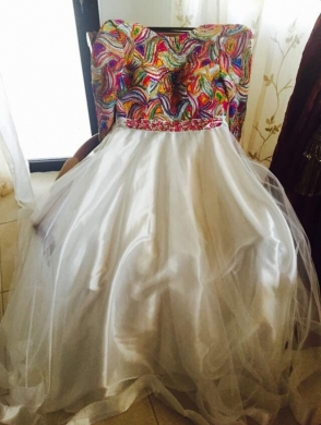 Clothing & Accessories in Haret Hreik - فستان خطبة رائع للبيع بسعر جيد جدا