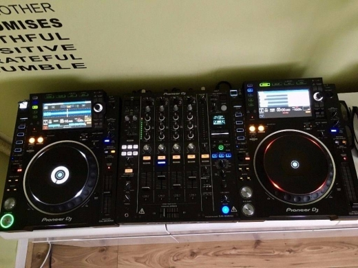 Musical Instruments & DJ Equipment in Al Zarif -  2x pioneer cdj-2000mk3