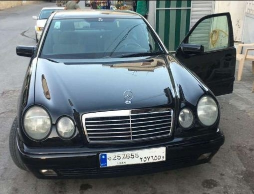 Mercedes-Benz in Beqaa - 1996 Mercedes E 320 for sale.