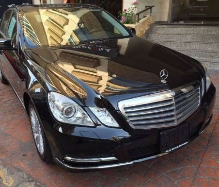 Mercedes-Benz in Mount Lebanon - 2011 Mercedes e 200 for sale