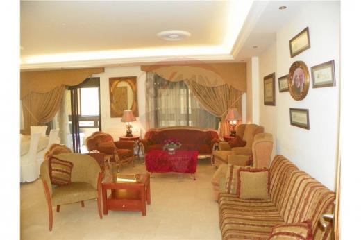 Apartment in Tripoli - شقة للبيع في شارع نقابة الأطباء - طرابلس
