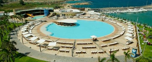 Chalet in Qalamoun - Chalet for rent in Miramar resort