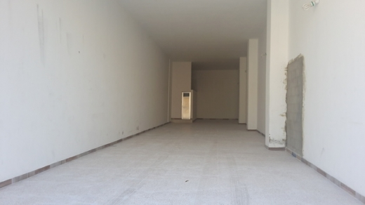 Shop in Haoush el Oumara - Shop haouch el omara prime location for rent