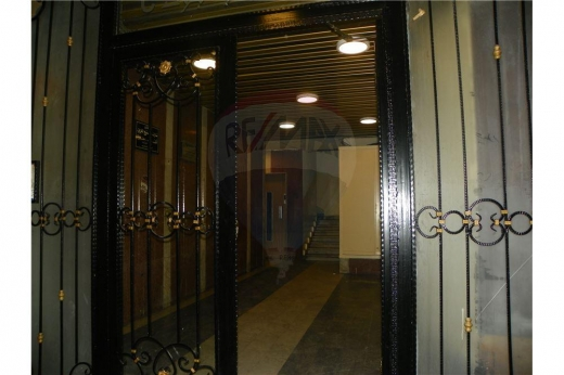 Apartment in Tripoli - Apartment for sale in Nadim Al-Jisr street,Tripoli