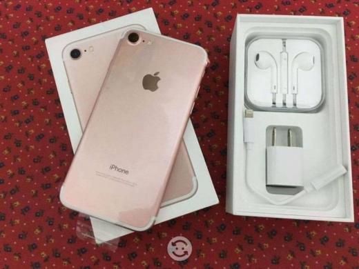 Apple iPhone in Badaro - Rose gold iPhone 6s PLus 128GB Unlocked