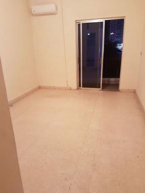 Apartment in Jdaide - شقة للبيع 180 م مقابل الالمازا