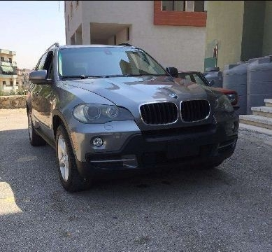 BMW in Nabatieh - Bmw x5 model 2008 clean carfax full option