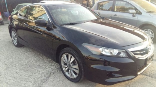 Honda in Sad el-Baouchrieh - Honda Accord Coupe, EXL, model 2011, 60000 Miles (ONLY !!)