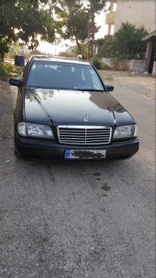Mercedes-Benz in Deir el-Zahrani - Lal be3 mercedss c200 lon aswad model 1996