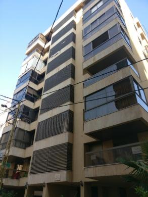 Apartment in Burj Abi Haidar - شقة للبيع في برج ابي حيدر 110م