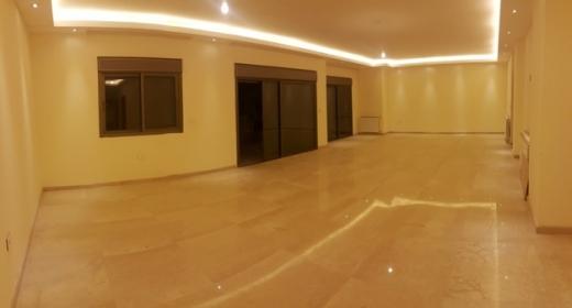 Apartment in Ballouneh - Apartment for sale in Ballouneh SKY2022
