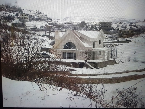Country Houses in Mount Lebanon - Ag-935-17 Villa for Sale Bekaata Achkout  Duplex 500m2 + 500m2 Terrace