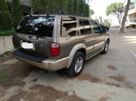 Infiniti in Sin El Fil - Infinity Qx4-2001-8.800$-very clean car.(negotiable price)