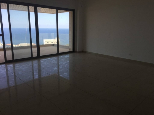 Apartments in Akaybeh - Apartment for sale in Oukaibe