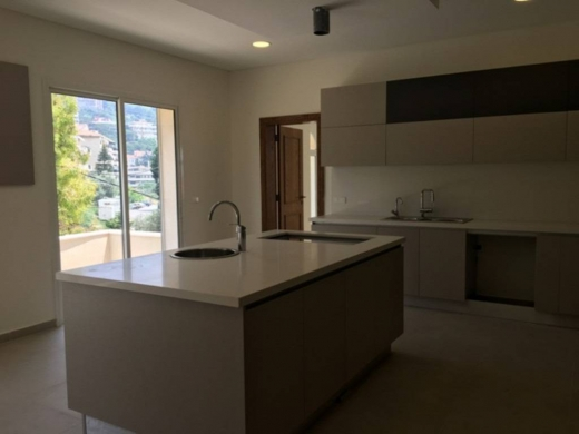 Apartment in Ain Saadeh - Apartment for sale in Ain Saade