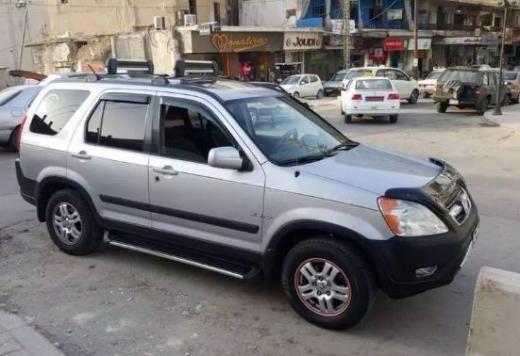 Honda in Beqaa - 2004 Crv Honda for sale