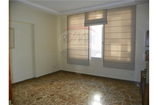 Apartment in Tripoli - Apartment for sale in Al-Mina Street, Tripoli