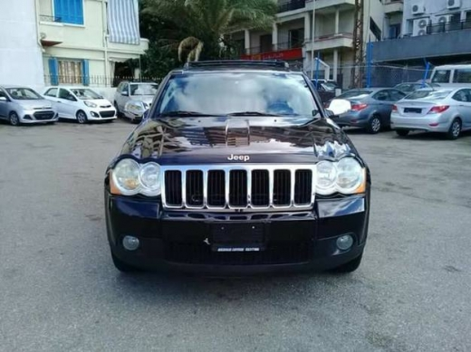 Jeep in Burj Abi Haidar - GRAND CHEROKEE 2008. V 6 FULL CD LEATHER SUNROOF