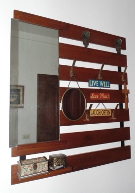 Other in Hazmieh - wood coat hanger