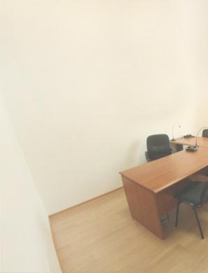 Office Space in Mar Elias - مكتب للايجار مارالياس