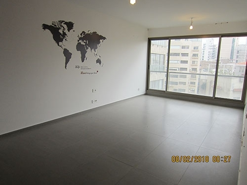 Apartment in Beirut - 110sqm New Unfurnished apartment for rent Lycee Achrafieh 1200$
