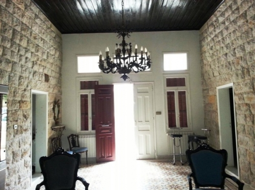 Apartment in Baabdat - Old Lebanese House in Baabdath for Rent Surface 270m2