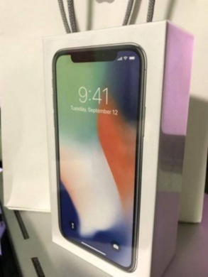 Apple iPhone in Amaret Chalhoub - Apple iPhone X 256GB Whatsapp  17402913276