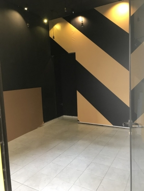 Shop in Chiyah - Shop for rent 25 m Ain El Roumaneh 6 months in advance