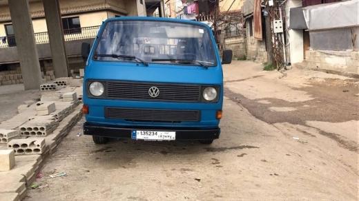 Volkswagen in Al Abdeh - فان سياحي بيتسجل بالإسم ترانسبورت ميكانيك خارق عالتسجيل دغري