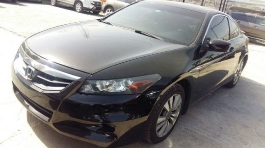 Honda in Sad el-Baouchrieh - Honda Accord Coupe, model 2011, 60000 Miles (ONLY