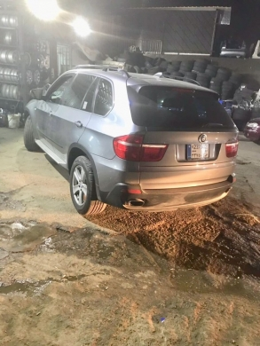 BMW in Chiyah - للبيع جيب bmw x5 2009