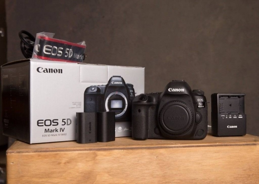 Cameras, Camcorders & Studio Equipment in Ain Mreisseh - Buy : Canon EOS 5D Mark IV,Nikon D D810,Canon EOS 6D