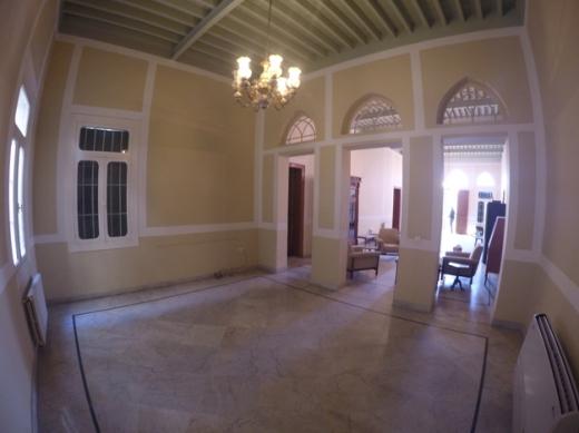 Villa in Antelias - Villa for rent in Antelias with Terrace and Garden