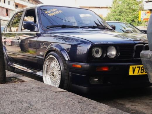 BMW in Aley - Seyyara_Super_5er2a #325 ix 1988 full zawayed bs vitesse