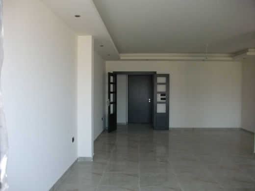 Apartment in Bsalim - Apartment for Rent in Bsalim 230 sqm