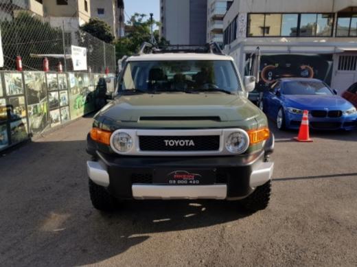 Toyota in Mkalles - Rkein Motors: تقسيط بدون دفعة أولى Toyota FJ Cruiser 4X4 2014