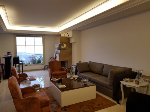 Apartment in Mansourieh - Fully Furnished Apartment for Rent in Monteverde