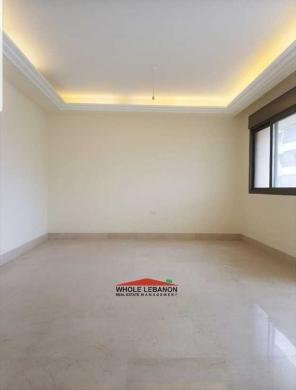 Apartment in Sodeco - شقة قخمة للبيع في السوديكو