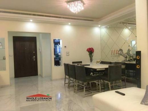 Apartment in Sodeco - شقة فخمة للبيع / للايجار في فردان