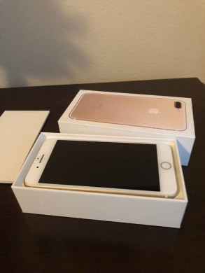 Apple iPhone in Aita el-Zot - الجديد Apple iPhone 7 Plus 256GB for sale Whatsapp  1(470)287-0431