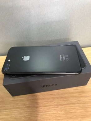 Apple iPhone in Adshit - IPhone 8 Plus 64gb unlocked with 9 month apple waranty Whatsapp  1(470)287-0431