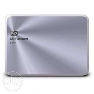 Hard Drives & External Drives in Baouchriye - Western Digital Ultra External HD 2TB Metal Edition   Travel Case
