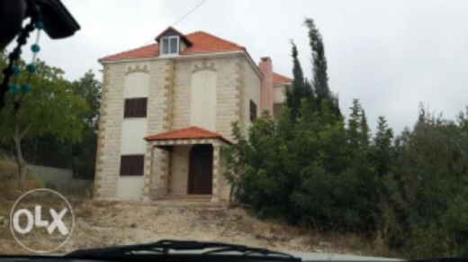 Villa in Amchit - villa for sell