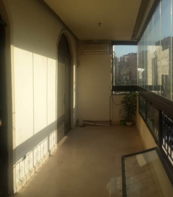 Apartment in Jdeideh - Furnished apartment suitable for office in Jdeideh SKY403