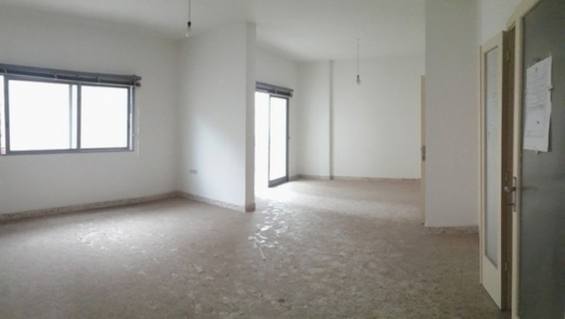 Apartment in Zalka - Sale apartment suitable for office use in ZALKA SKY394