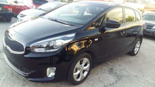Kia in Sad el-Baouchrieh - Kia Carens model 2015 50000 Kilometers ONLY