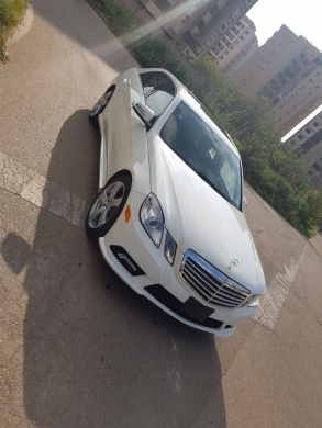 Mercedes-Benz in Tripoli - Mercedes E350 2010