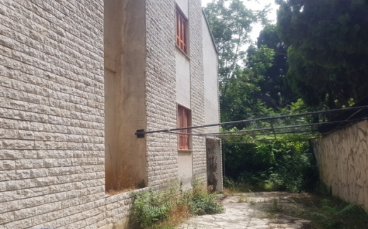 Land in Jounieh - Land for Sale at Bsalim Surface 1.240m2 for Residential Project